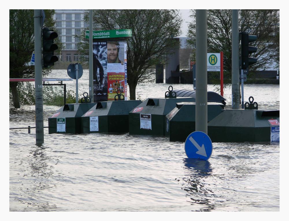 Sturmflut Fähranleger Teufelsbrück