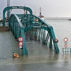 Sturmflut im Schilderwald an der Nassau-Brücke