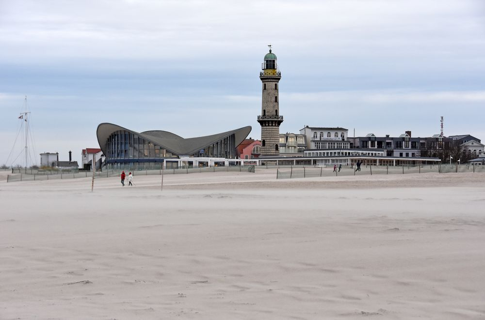 "Sturmtief ""Sabine"" über Warnemünde (2)"