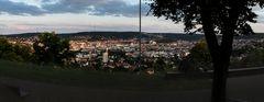 Stuttgart am Abend vom Bismarkturm