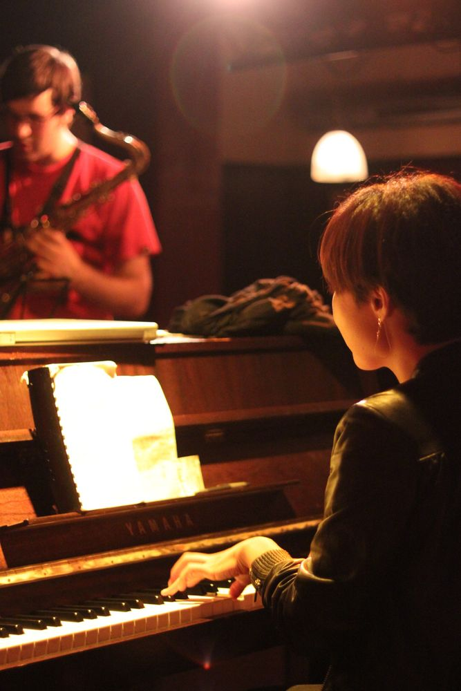 Stuttgart CLUB KISTE Jazz - PIANO und SAX