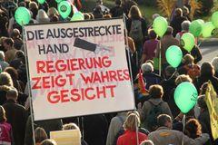 Stuttgart Demo AKTUELL Sa 30.10.10 Plakat: Regierung