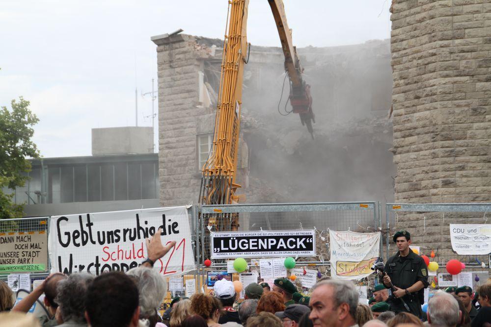 Stuttgart K21 Abriss - PACK 26.8.10 +Maerz2014