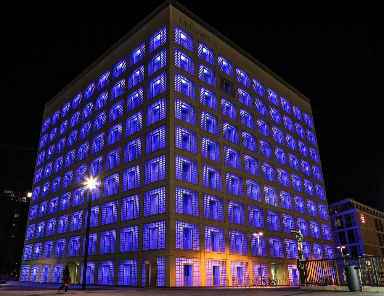 Stuttgart, neue Stadtbibliothek am Mailänder Platz