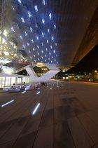 Stuttgart - Porsche Museum bei Nacht