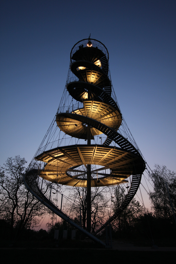Stuttgarter Höhenpark by Night