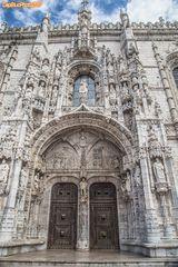 Südportal des Mosteiro dos Jeronimos mit Szenen