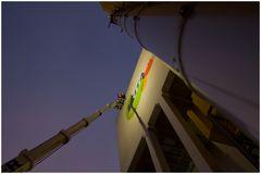 Suez Zorbau - the outdoor advertiser at work