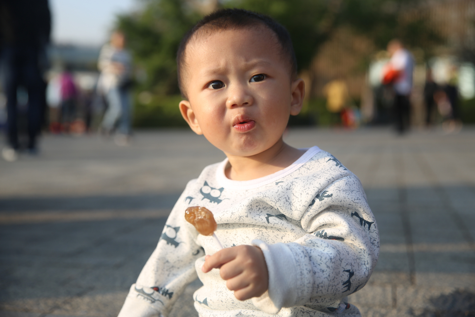Sugar-eating children