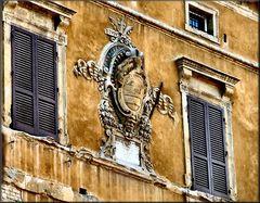 Sul muro a Siena