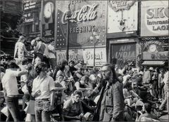 Summer of 69 - Picadilly Circus