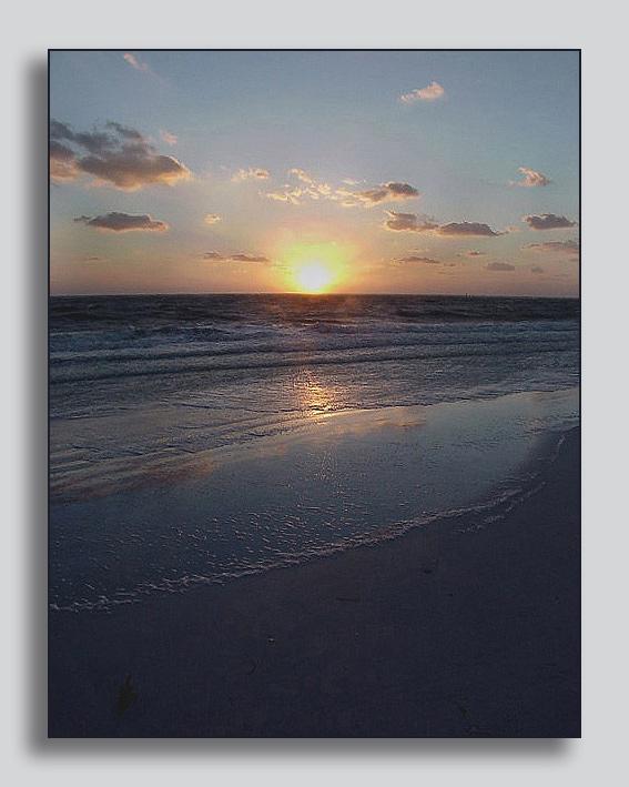 Sun Rise am Meer