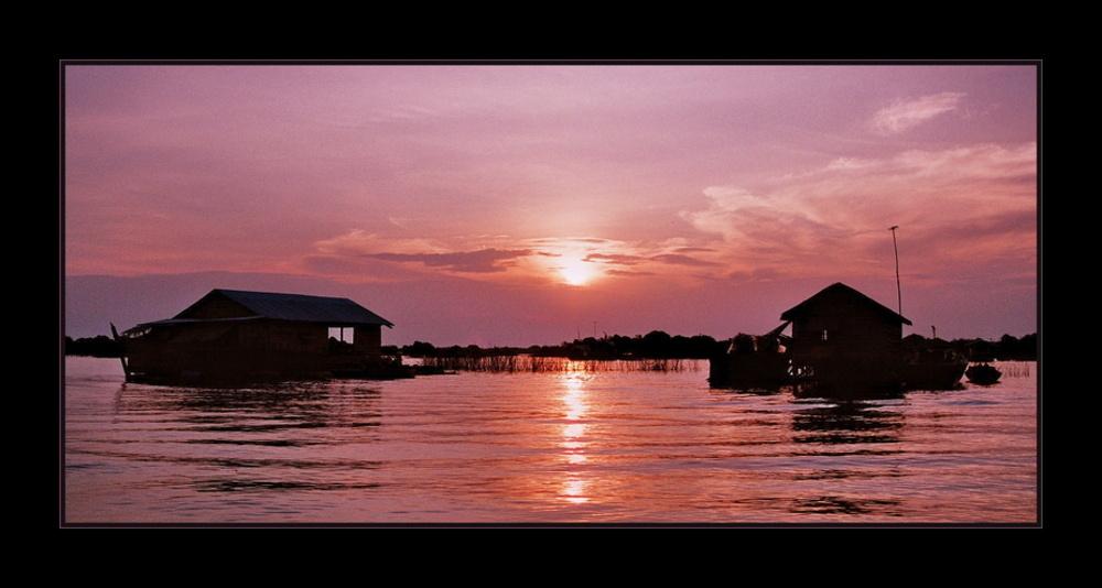 Sun set at Tonle Sap