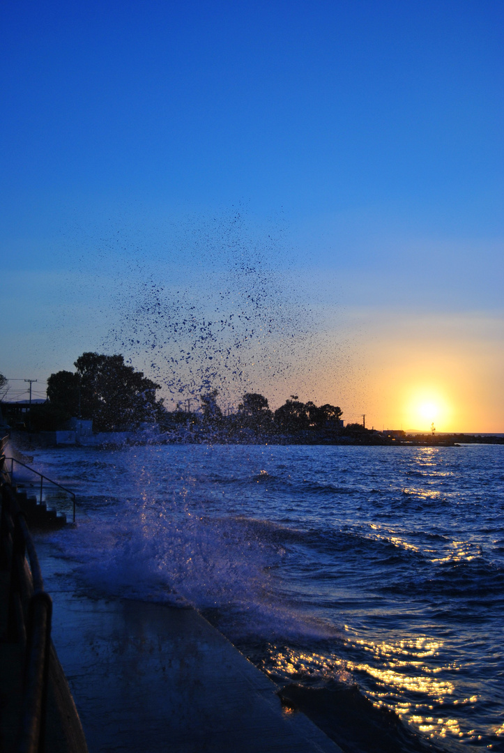 sundown and wave