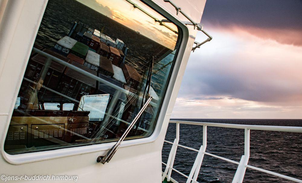 Sundown auf See