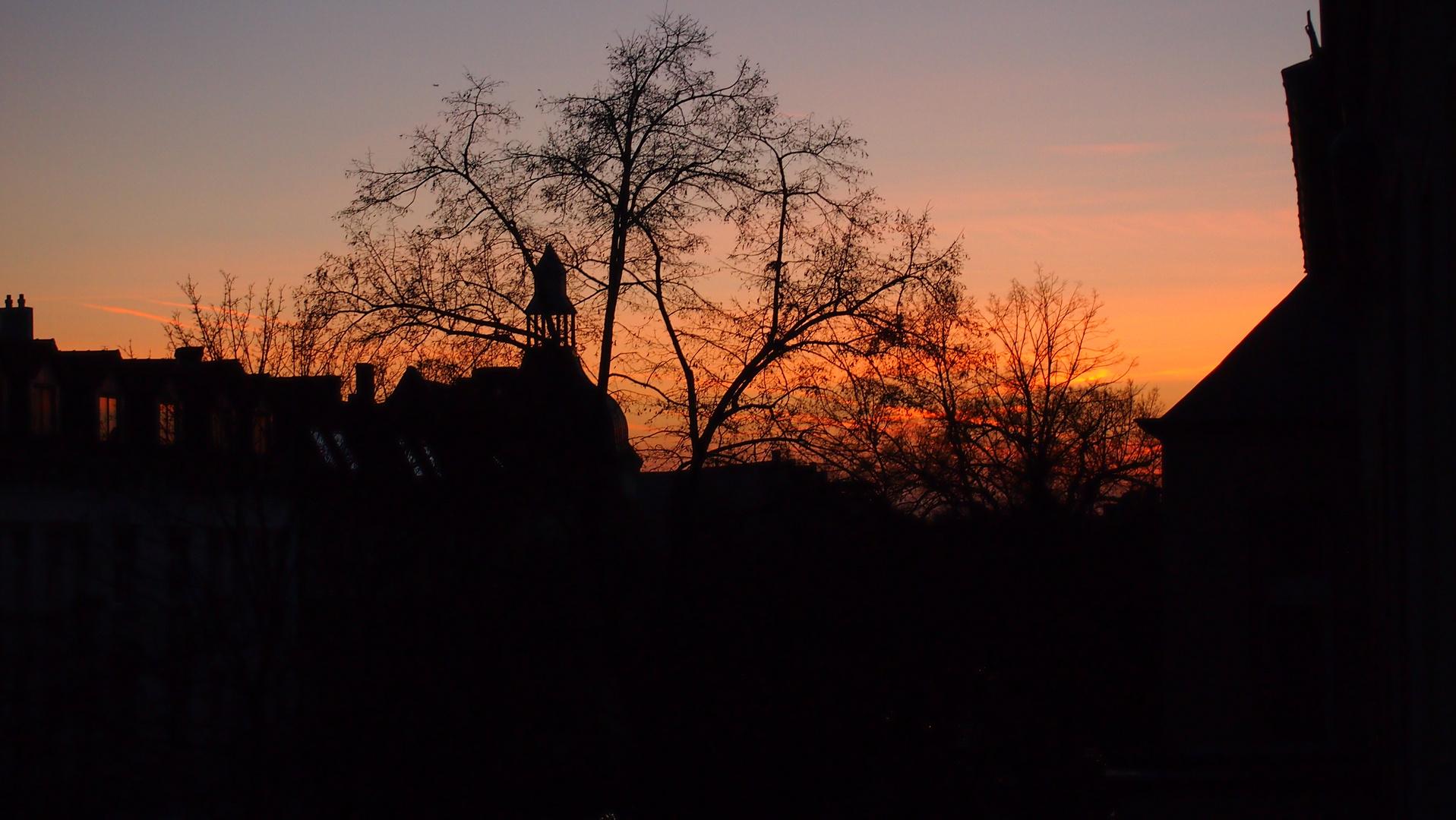 Sundown over Tegel