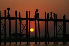 Sundowner in Myanmar