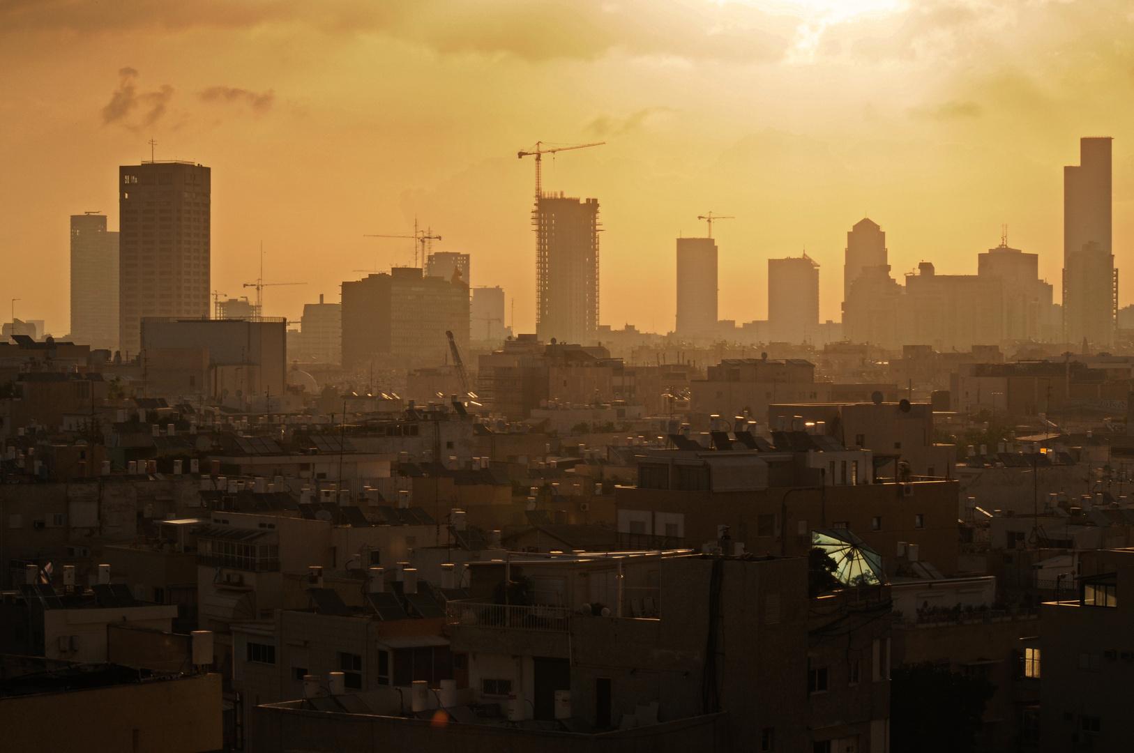 Sundowner in Tel Aviv...