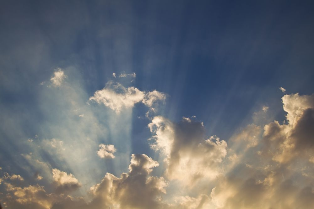 sunrays ...... Lichtblick....