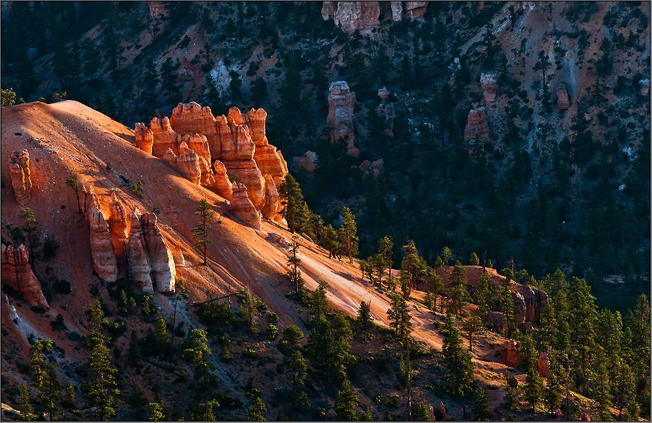 sunrise - a magic moment at the bryce canyon