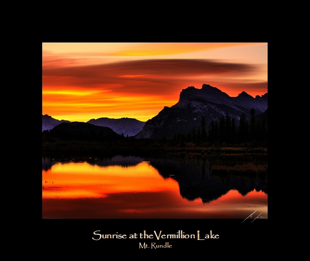 Sunrise at the Vermilion Lakes (2)
