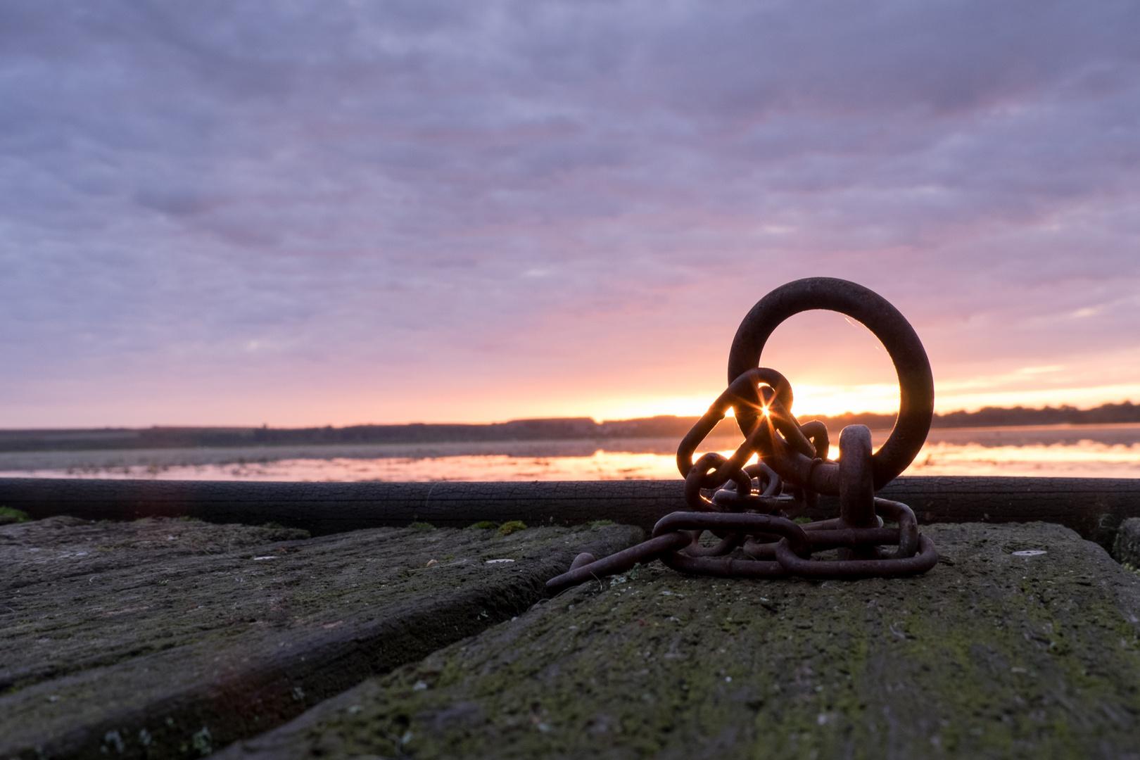 Sunrise Chain