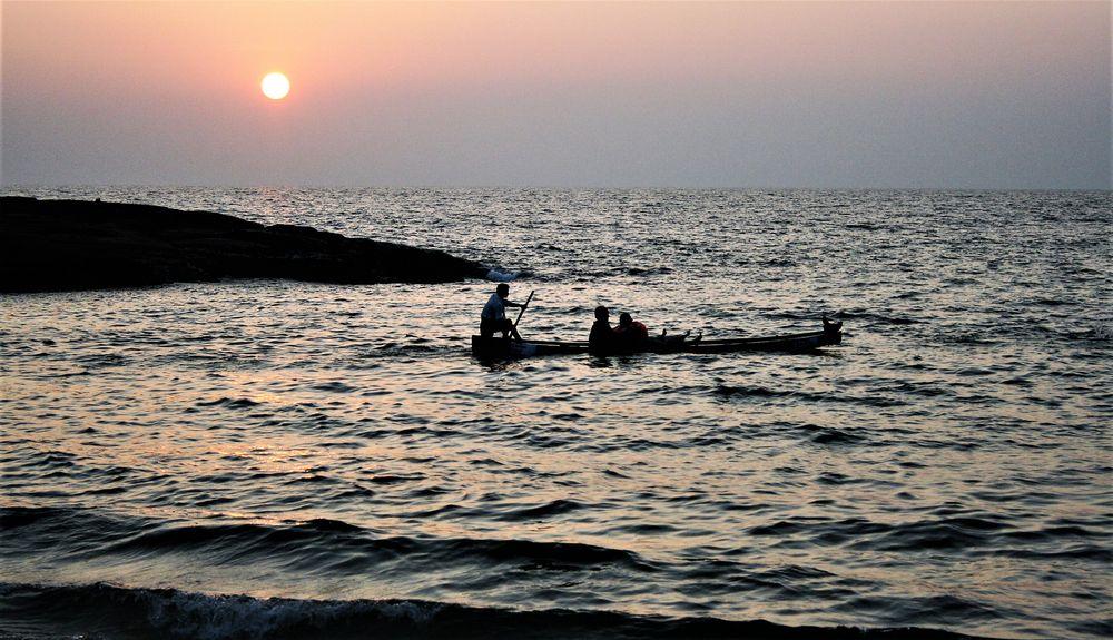 sunrise India ca-17I-83 +5Fotos +Musik