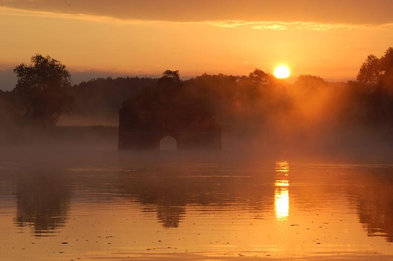 Sunrise on the river Oder