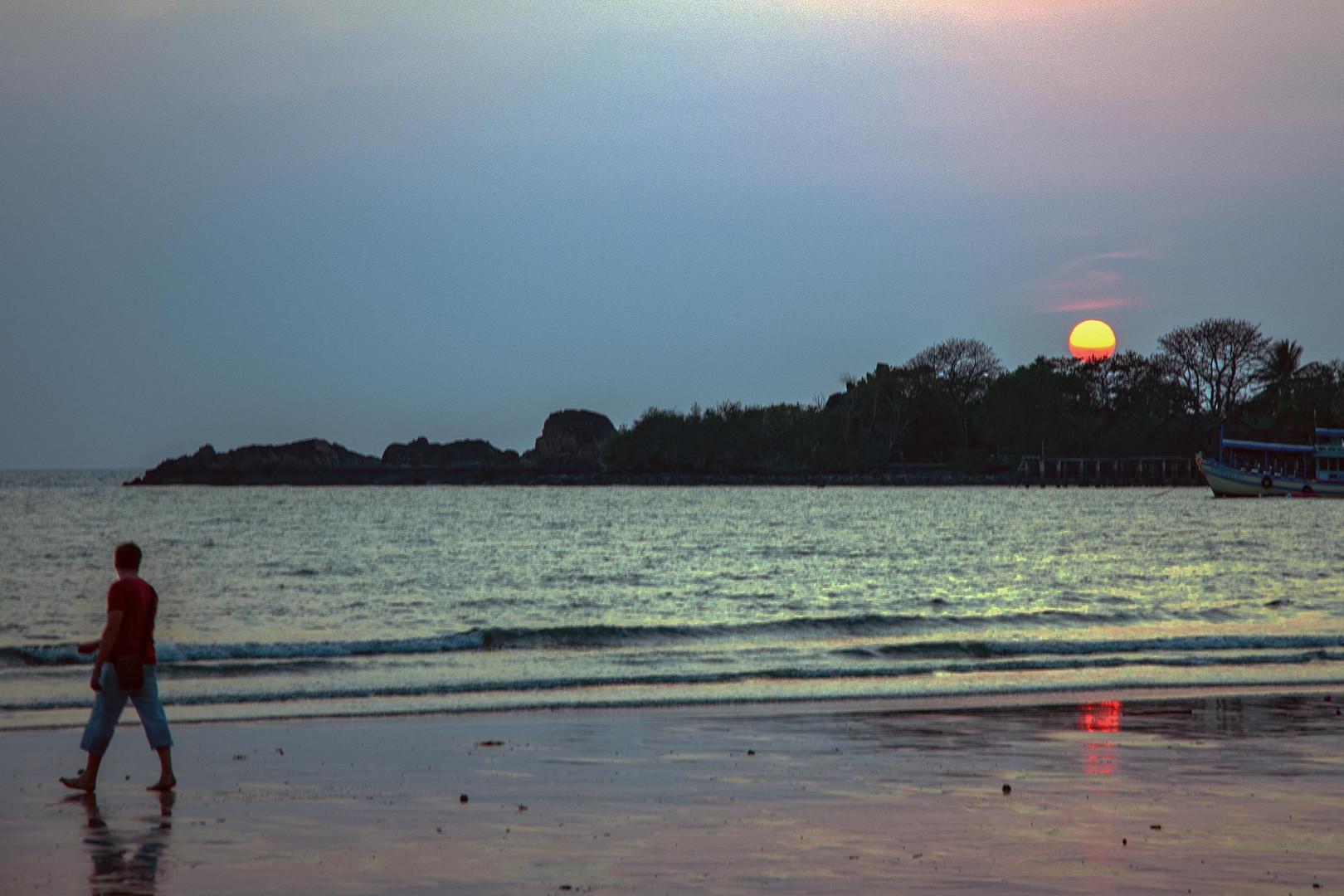 Sunset atmosphere at Klong Prao Beach