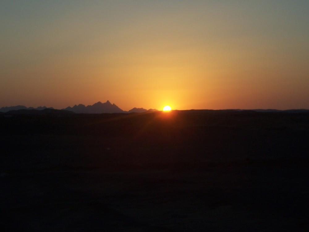 Sunset in der Wüste Agyptens