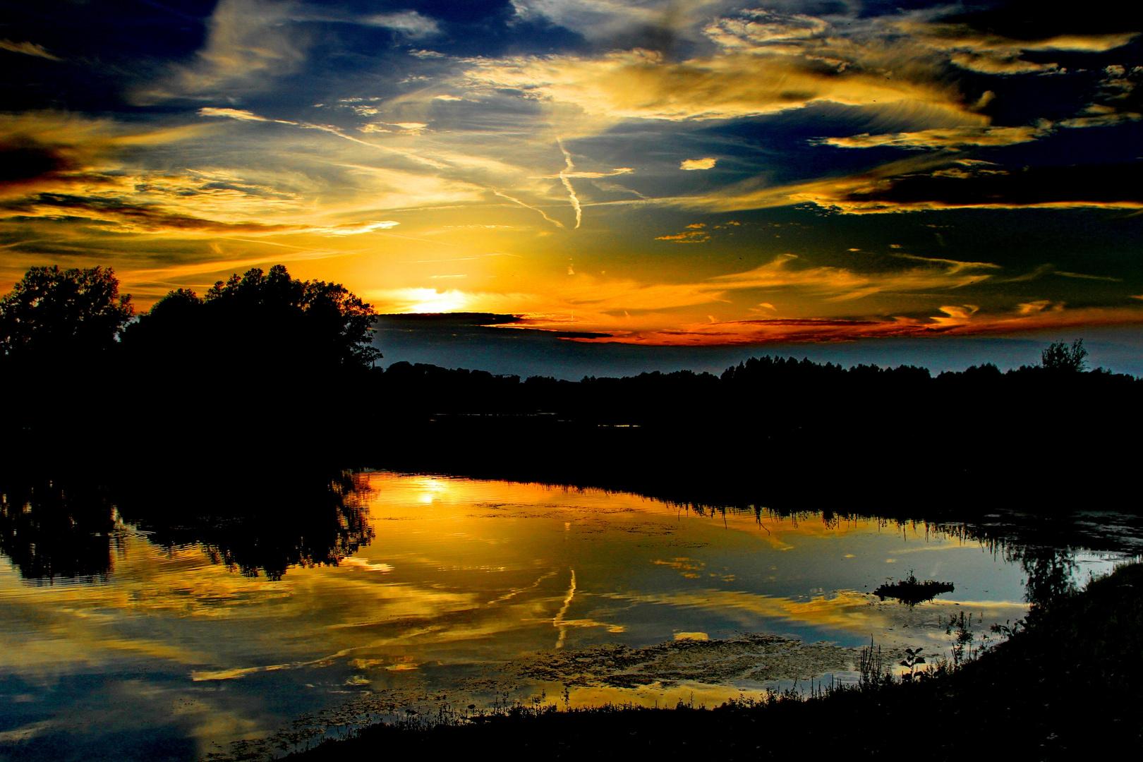 Sunset near Stokkem (Belgium)