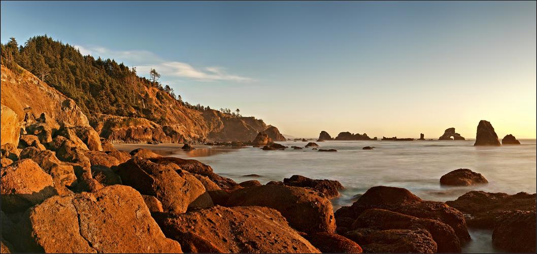 ... sunset on the coast ...