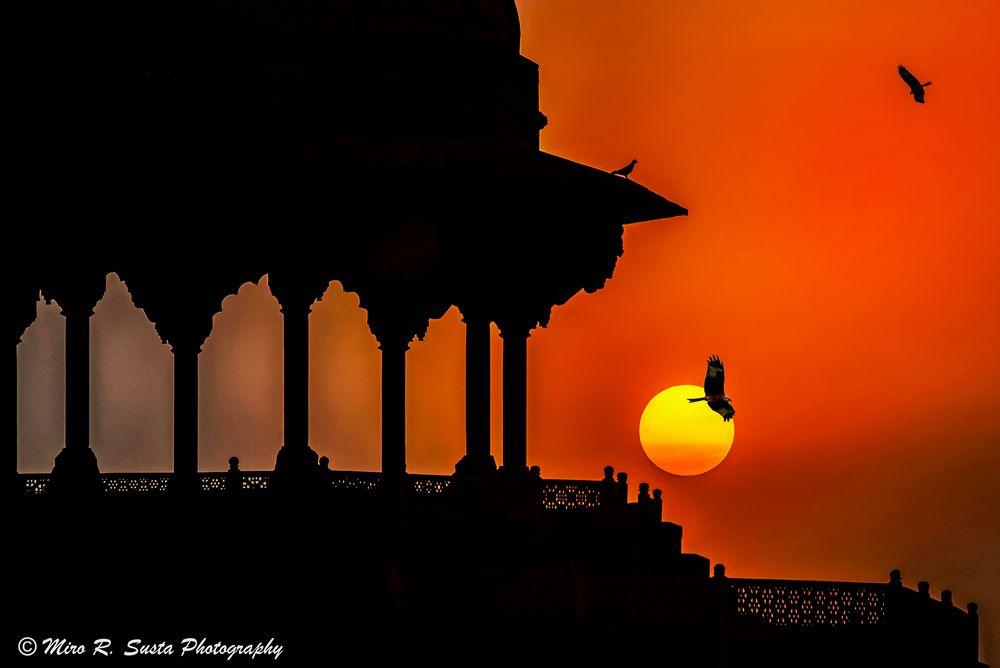 Sunset over Taj Mahal Mosque