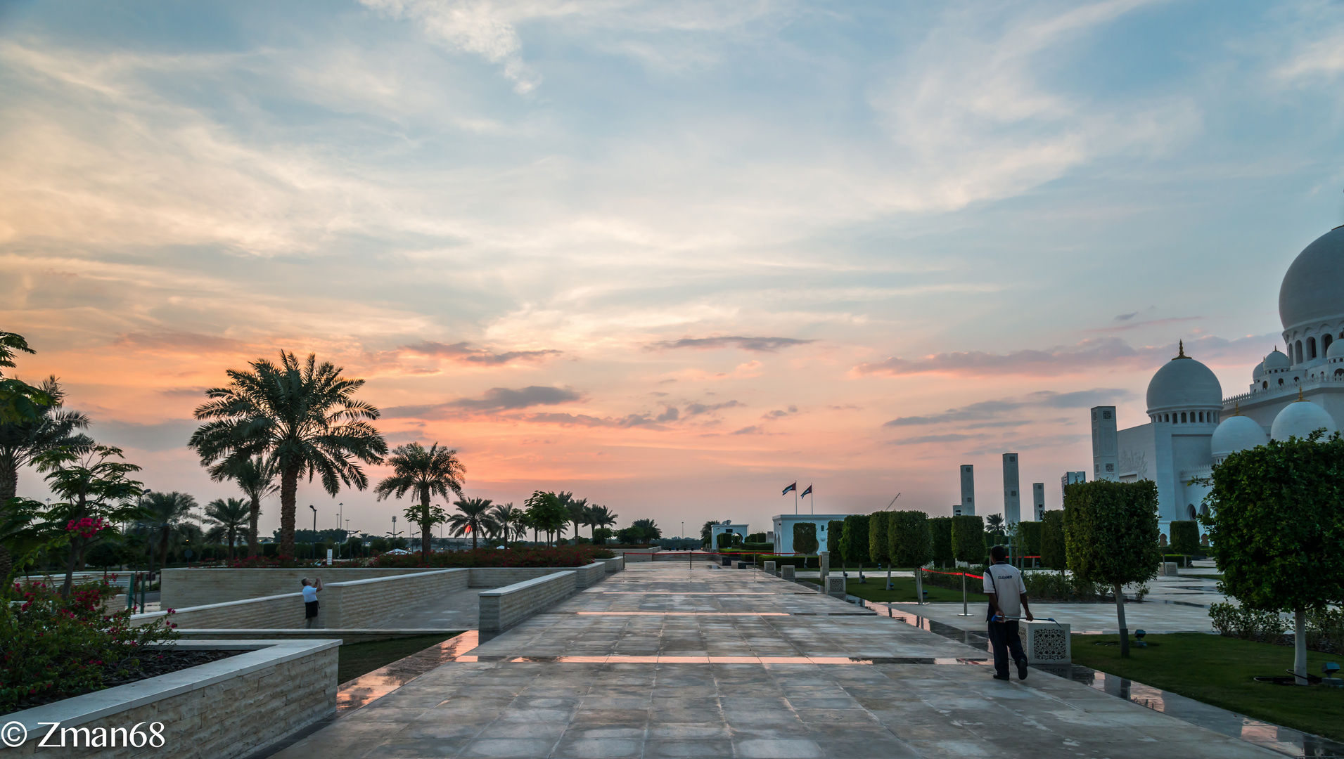 Sunset Overlooking the Palms of Shk Zayed Mosque 02