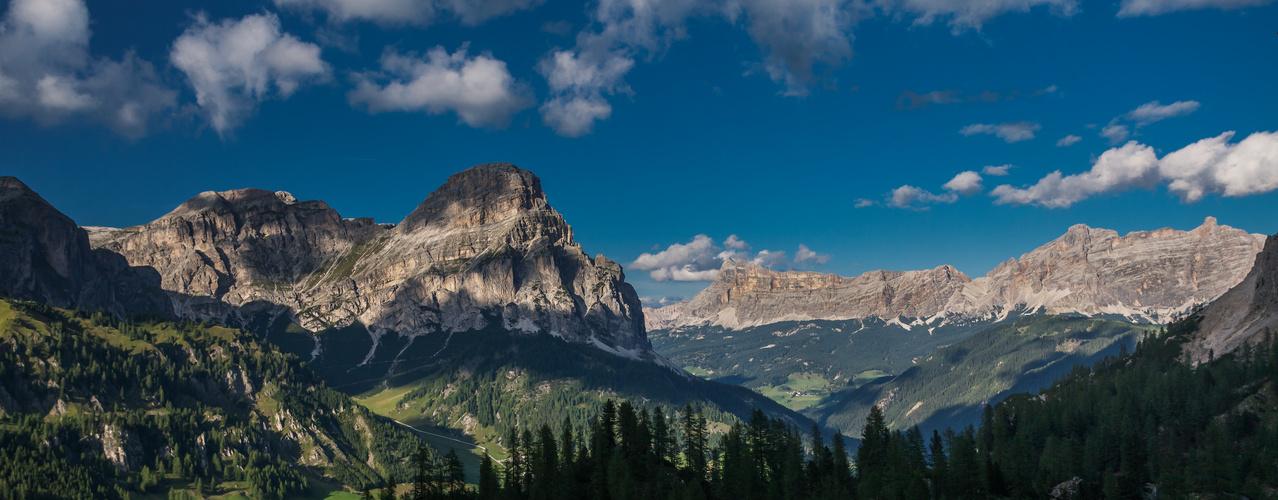 Sunset Sassonger Dolomites