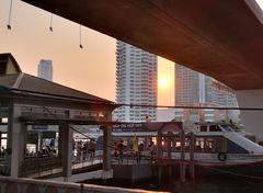 sunset under bridge Bangkok P20-20-col +3Fotos