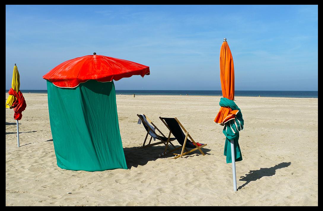 Sur la plage abandonnée ...