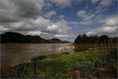 """""""Sur les rives du Mékong"""""""