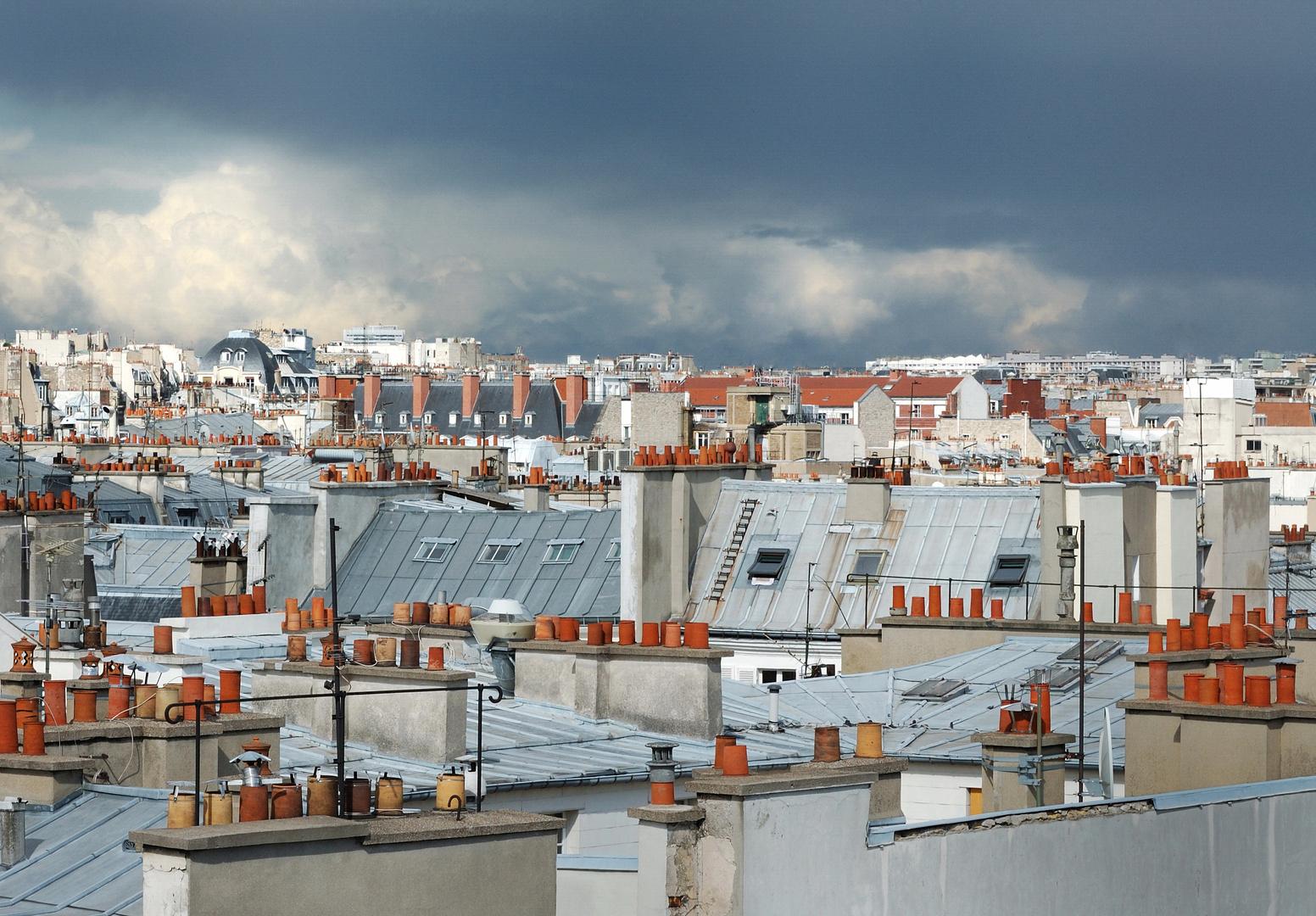sur les toits de paris 1 photo et image europe france. Black Bedroom Furniture Sets. Home Design Ideas