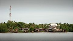 Surat Thani - Wohnen am Fluss