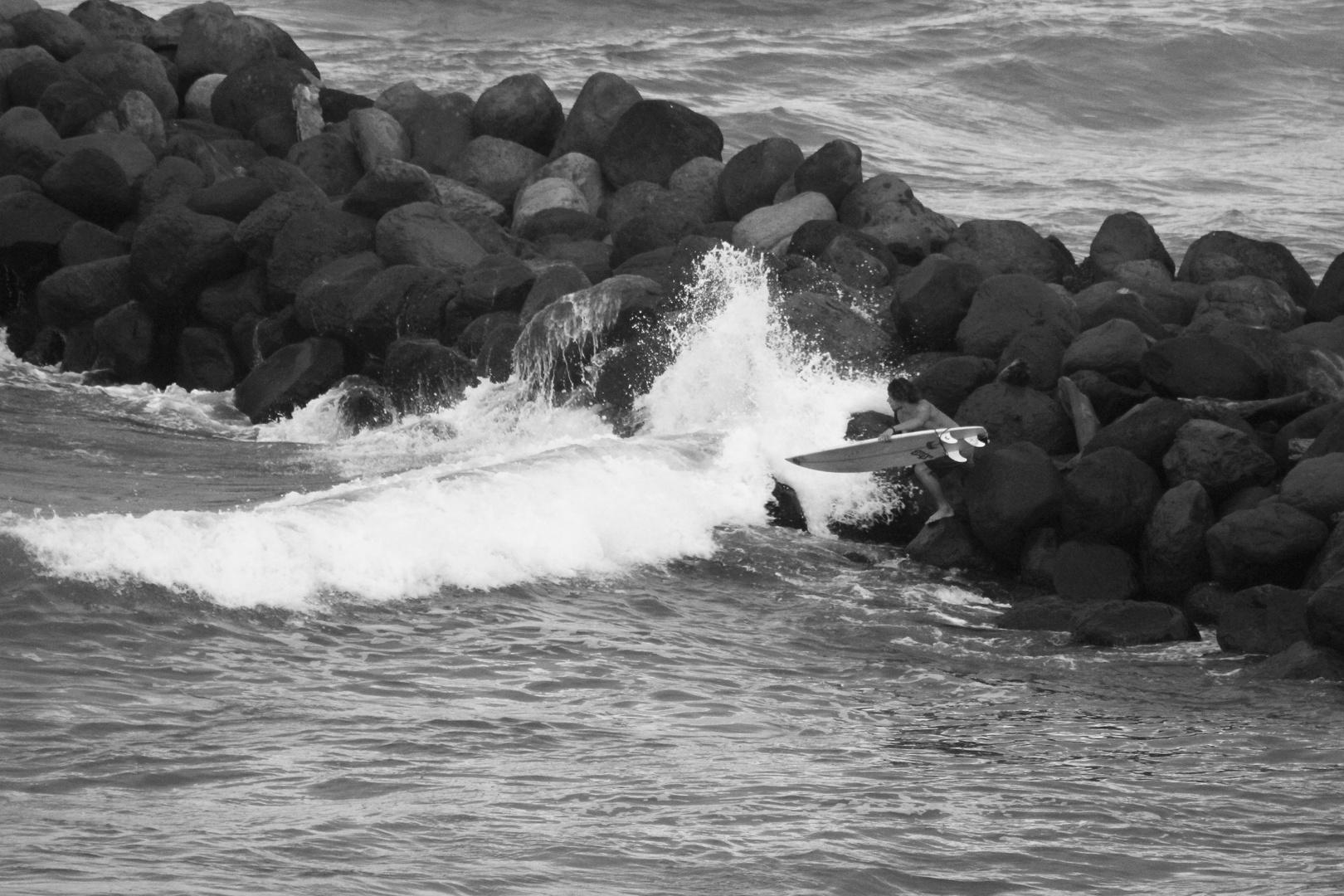Surfeando en las rocas