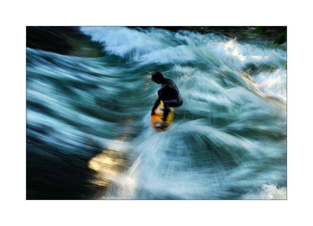 Surfer im Eiskanal 2