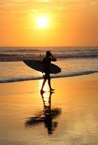 Surfer / Sonnenuntergang