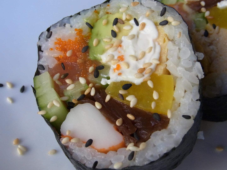 Sushi-Rolle handgemacht