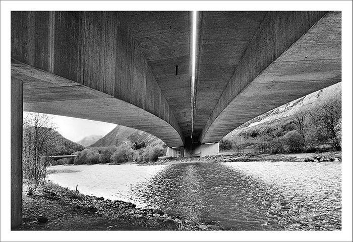 SW 044 Autobahnbrücke # 01