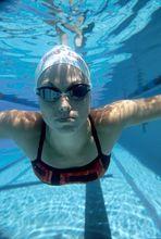 Swimming Girl U/W