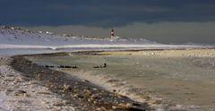 Sylt-Ellenbogen bei Eis und Schnee mit Leuchtturm Ost