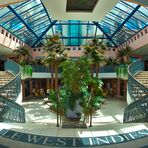 Symmetrie - West Indies Shopping Mall