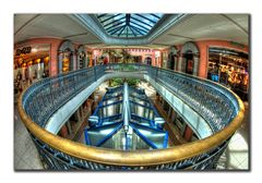 Symmetrie - West Indies Shopping Mall,