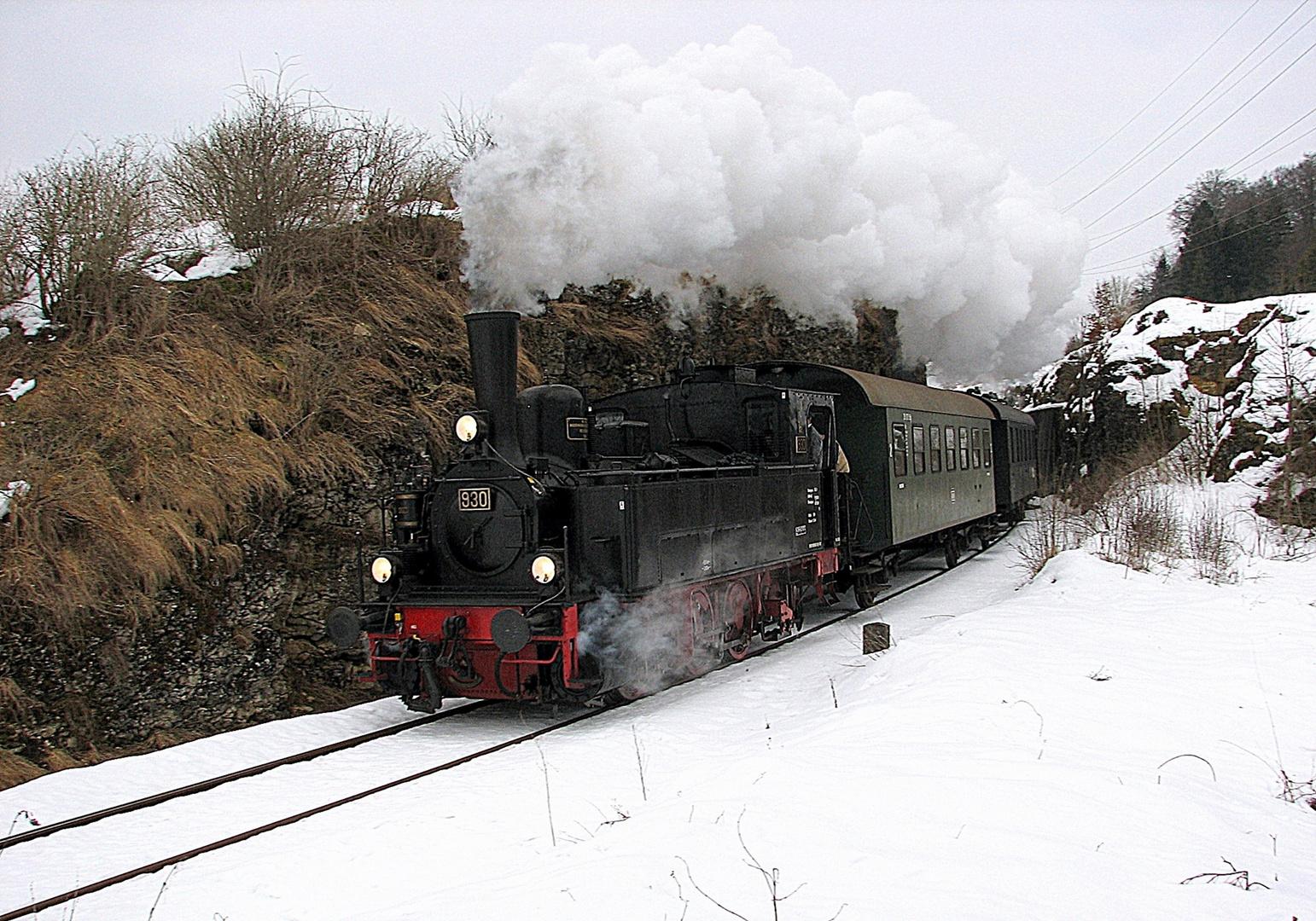 T3 930